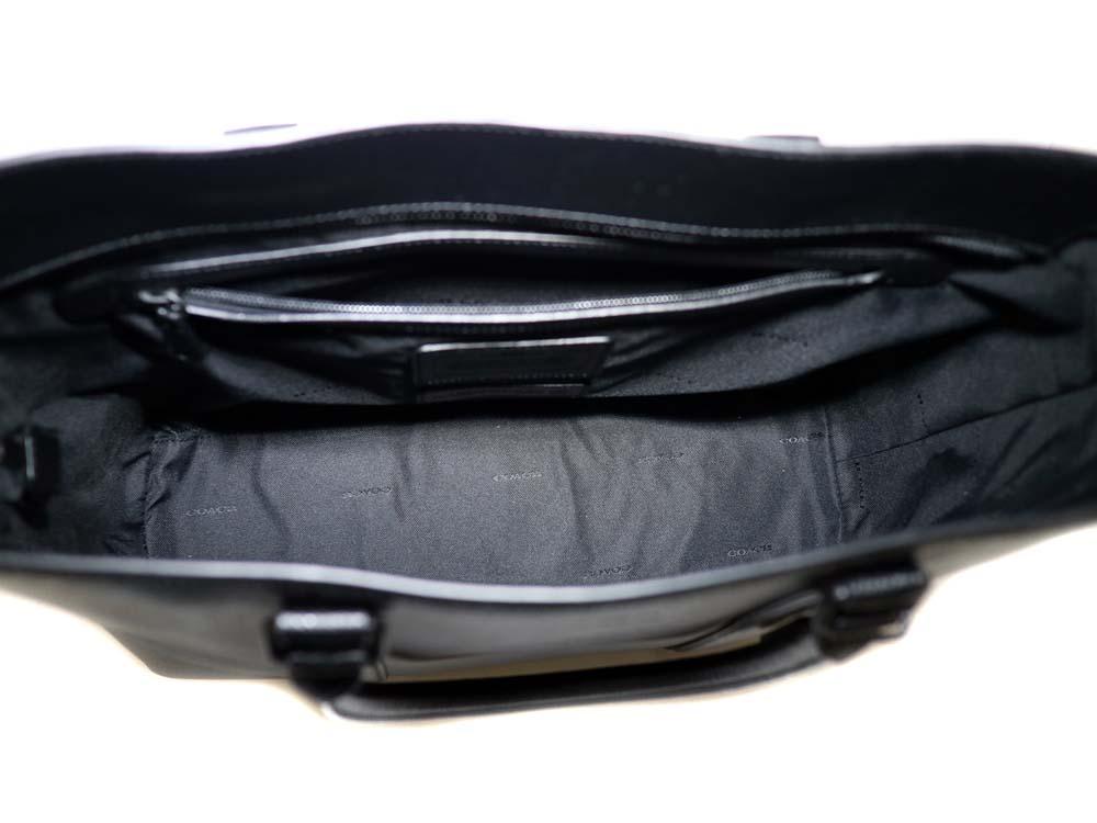 42ae51641975 冗談はさておき、バッグとしての商品としてみてもこちらの商品はとても使いやすい一品だと思います。