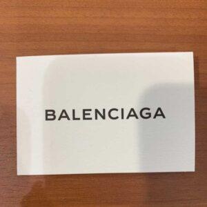 バレンシアガのショップカード